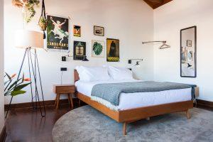 Hotel room in Porto with Sandeman decoration