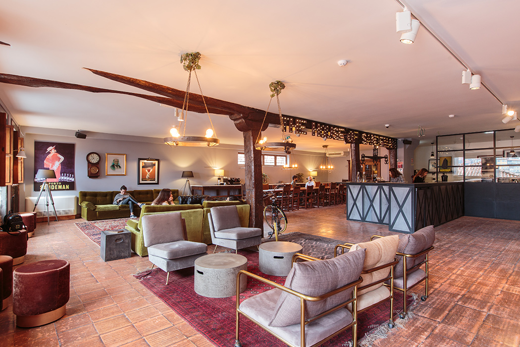 The lounge and hotel reception at the House of Sandeman