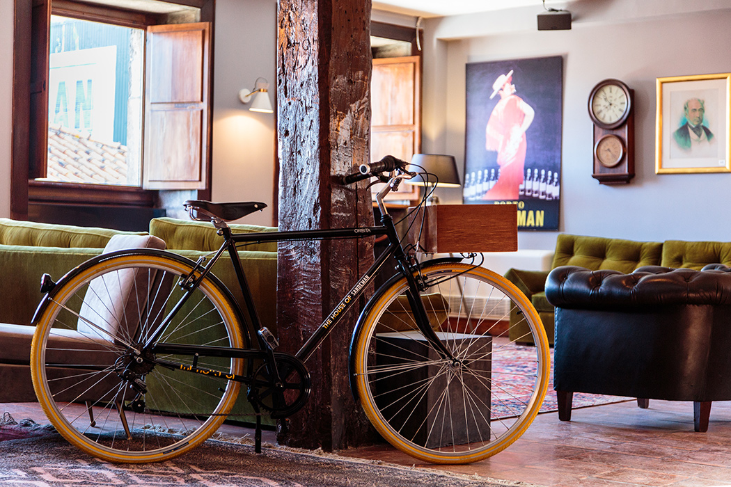 Bicycle for hire in The House of Sandeman